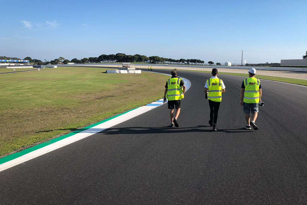Walking the Phillip Island Grand Prix Circuit with McElrea Racing